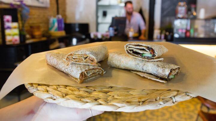 MAKAN Saj Wrap de Tomillo y de Carne al estilo libanés