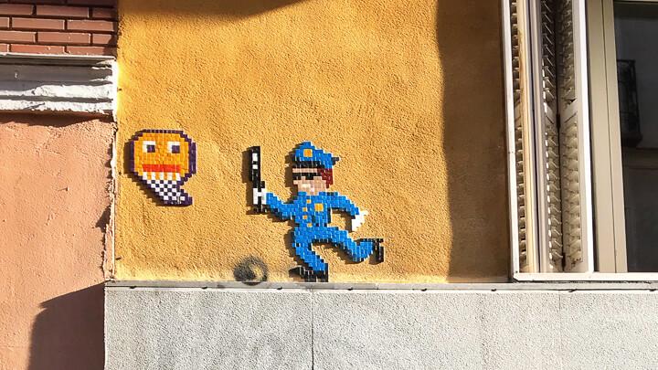 Basket of nean, el artista de los mosaicos callejeros
