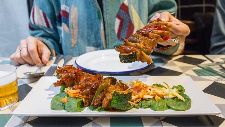 VEGA calle Alamo restaurante vegano