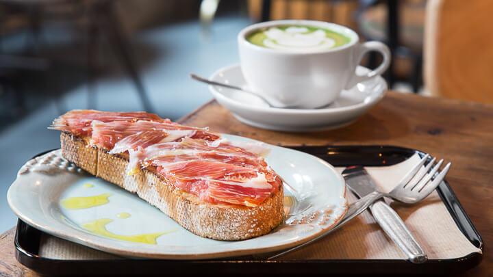 CAFÉ DEL ART café y pasteles portugueses en La Latina