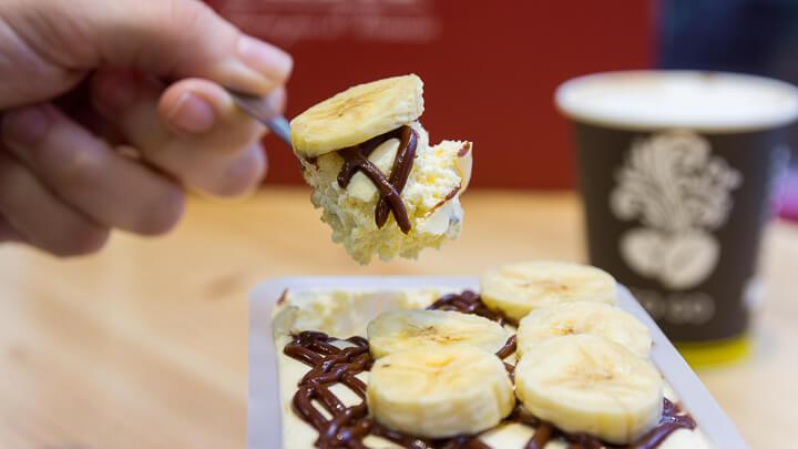 MEDRI Chamberí Tiramisú de Crema de avellanas con plátano panoramico