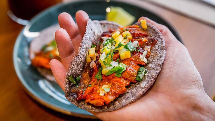 MEXCALISTA tacos al pastor de trompo y cochinita pibil