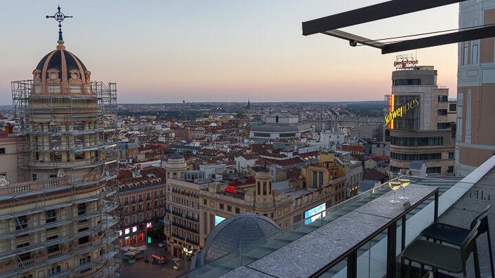 ELLA SKY BAR MADRID vistas sky line