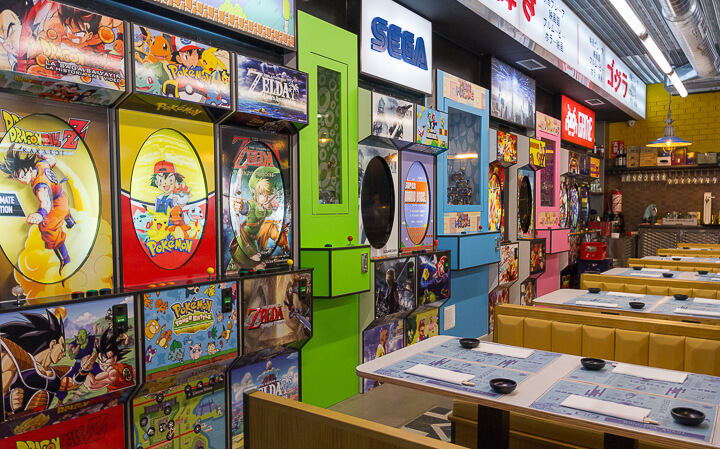 RUNNING SUSHI IN OSAKA reproducciones de máquinas recreativas y videojuegos de los años 90
