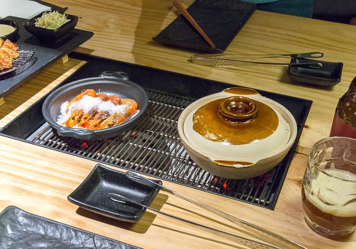 PILAR AKANEYA sumibiyaki carne de wagyu en parrilla japonesa