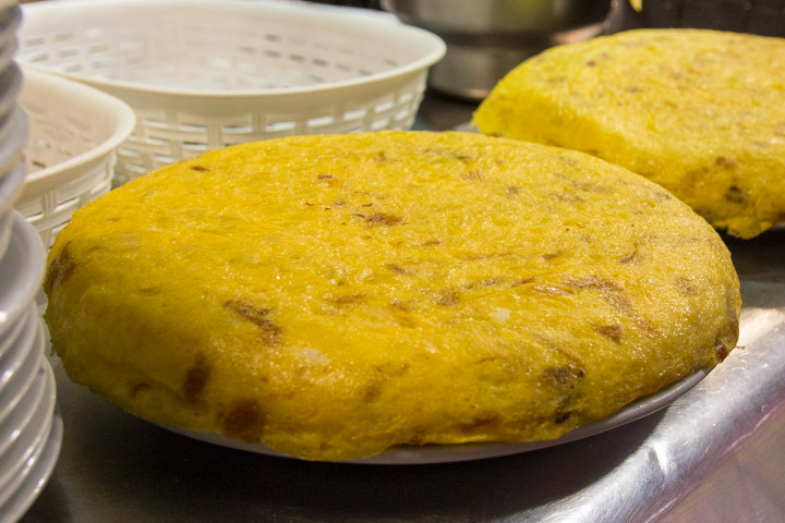 CASA DANI Terraza Pincho de tortilla estilo Betanzos
