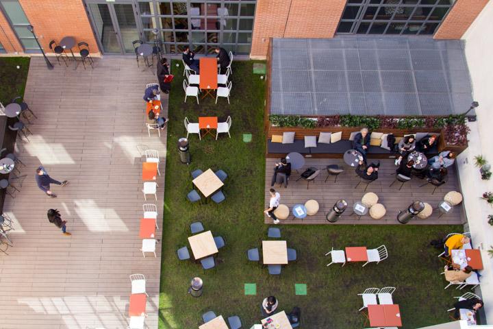 CITYNIZER PLAZA espacio castizo y cosmopolita con patio y terraza ajardinada en Lavapiés
