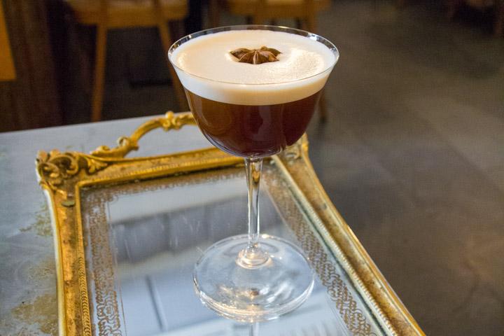 ASTOR Restaurante platos de vanguardia y cocktails clásicos