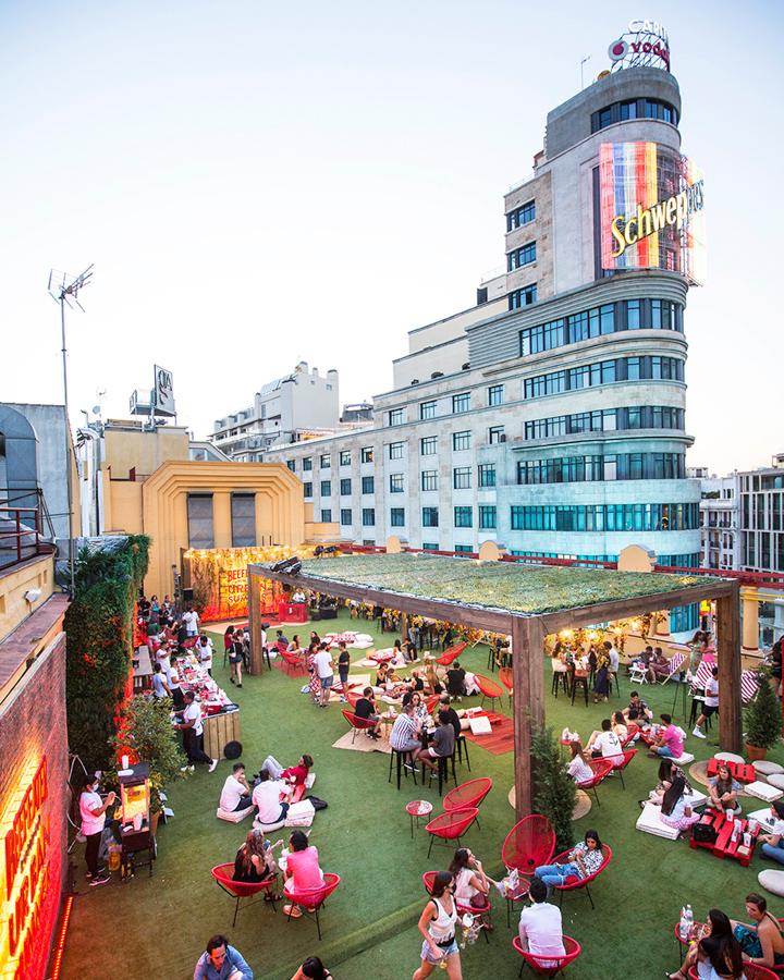 La azotea del Cine Callao abre por primera vez convertida en Picadilly Garden