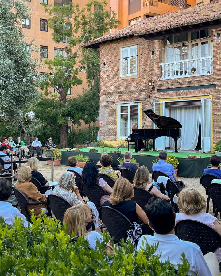 Las Noches del Olivar, conciertos y picoteo en un mágico oasis
