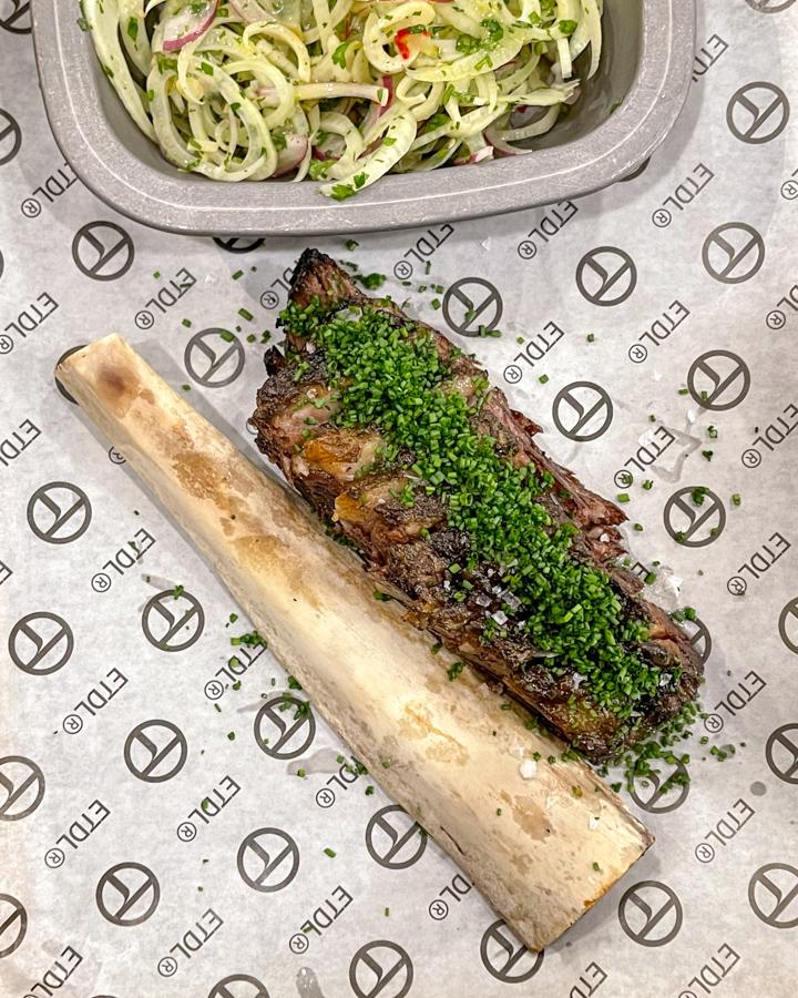 EL TALLER DEL LAGO restaurante con asador en Casa de Campo