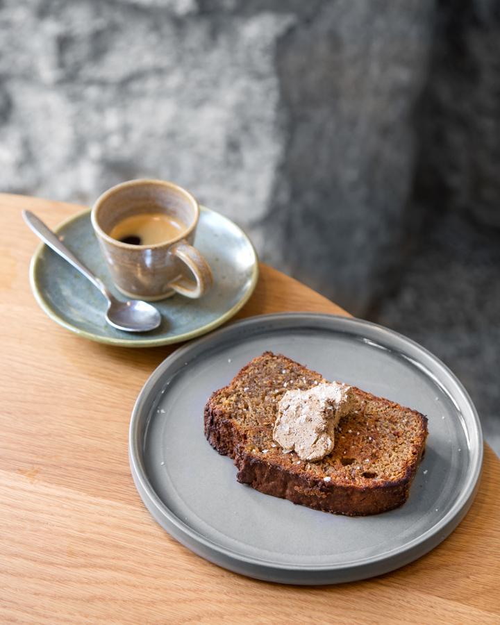 CAFE FOUR cafés de especialidad y productos de temporada